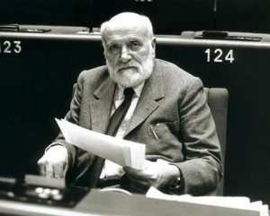Altiero Spinelli al Parlamento europeo - 1984